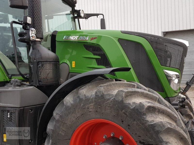 Traktor des Typs Fendt 824 Profi Plus, Gebrauchtmaschine in Crombach/St.Vith (Bild 1)
