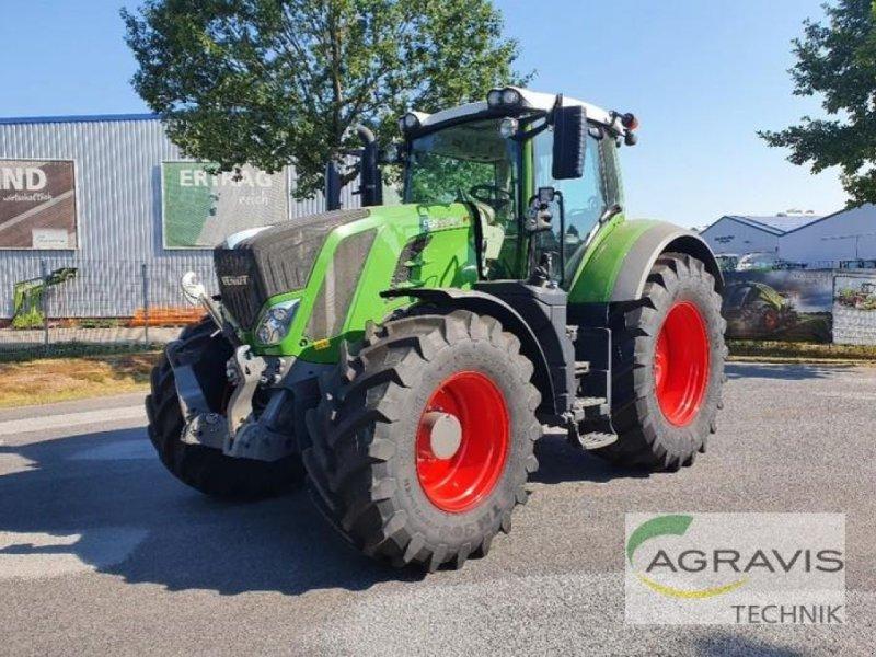 Traktor des Typs Fendt 824 VARIO S4 PROFI PLUS, Gebrauchtmaschine in Meppen-Versen (Bild 1)