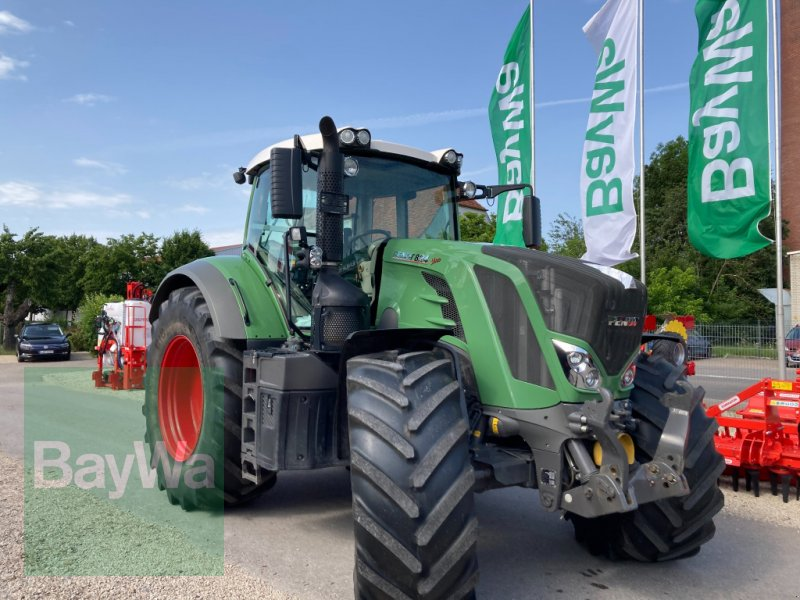 Traktor du type Fendt 824 Vario S4 Profi Plus, Gebrauchtmaschine en Dinkelsbühl (Photo 1)