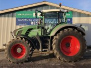 Fendt 824 Vario SCR Profi Plus med F-PTO Тракторы