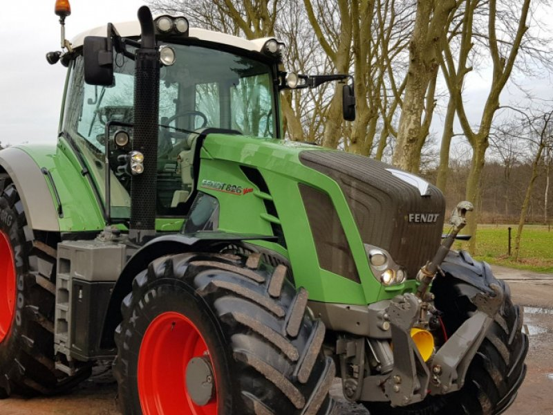 Traktor типа Fendt 826 Profi Plus 828, Gebrauchtmaschine в Bergen op Zoom (Фотография 1)