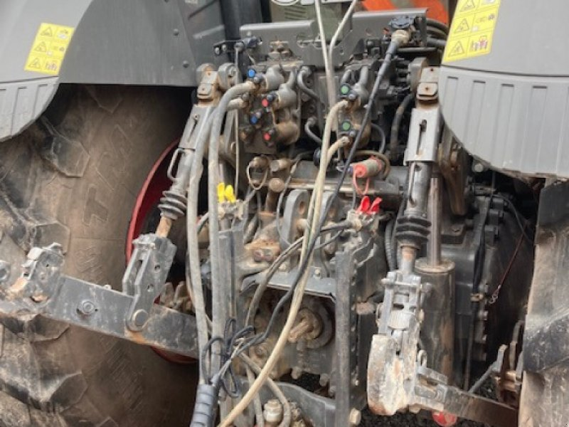 Traktor des Typs Fendt 826 Vario S4, Gebrauchtmaschine in Bebra (Bild 3)