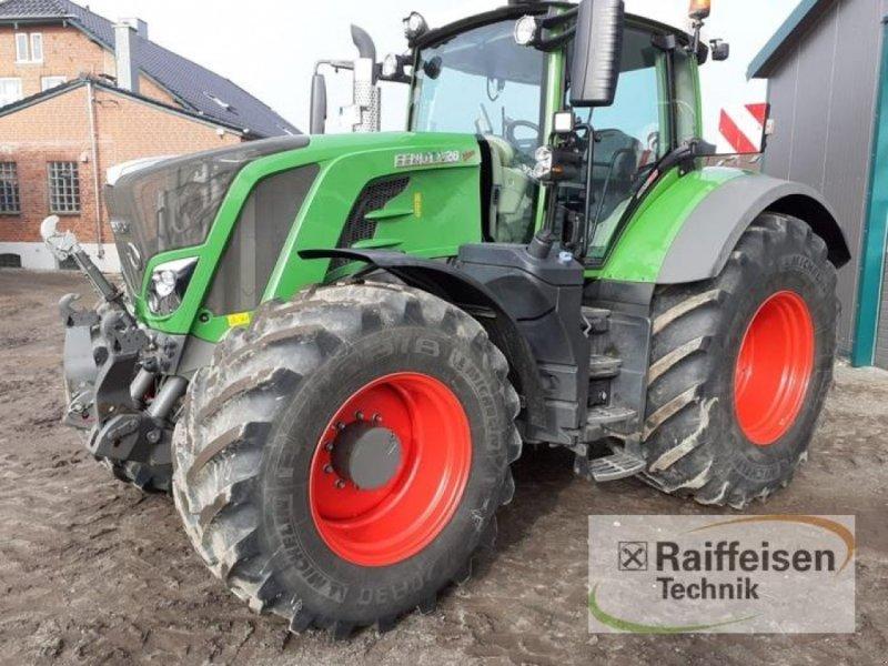 Traktor des Typs Fendt 828 S4, Gebrauchtmaschine in Eutin (Bild 1)