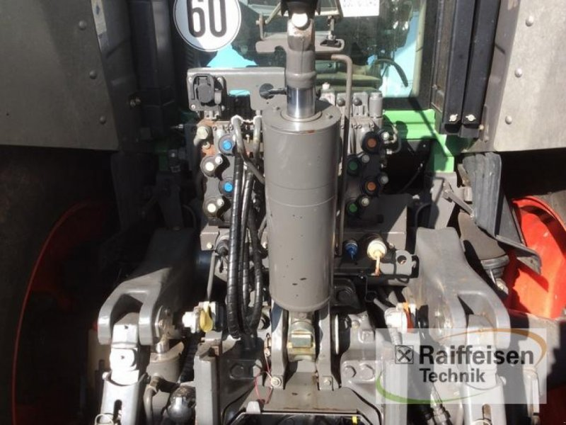 Traktor des Typs Fendt 828 SCR, Gebrauchtmaschine in Bad Hersfeld (Bild 7)