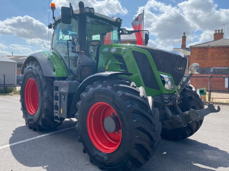 Traktor of the type Fendt 828 Vario Profi, Gebrauchtmaschine in Grantham (Picture 1)