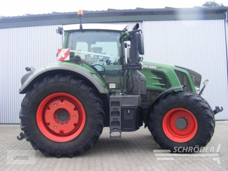 Traktor des Typs Fendt 828 VARIO S4 PROFI P, Gebrauchtmaschine in Wildeshausen (Bild 1)