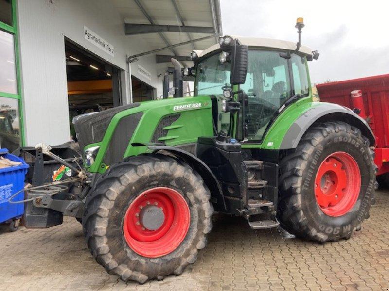 Traktor des Typs Fendt 828 Vario S4, Gebrauchtmaschine in Bebra (Bild 1)