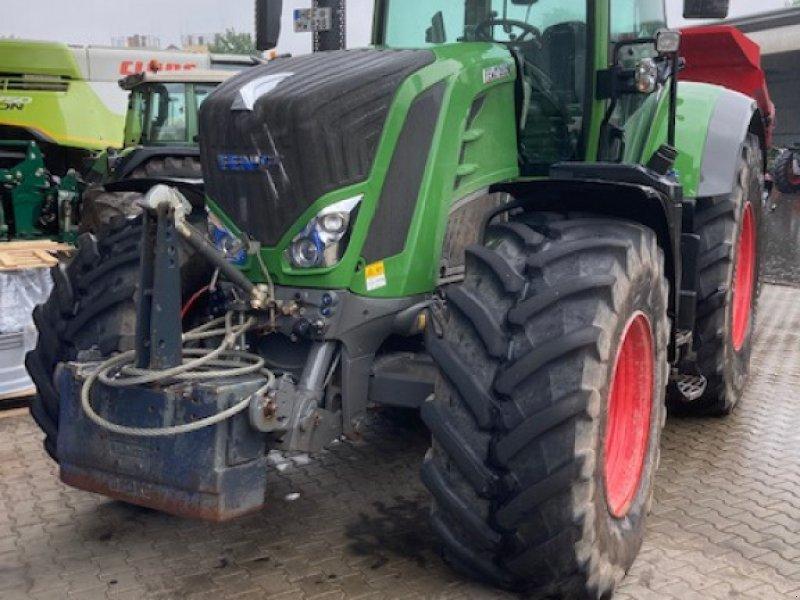 Traktor des Typs Fendt 828 Vario S4, Gebrauchtmaschine in Bebra (Bild 2)