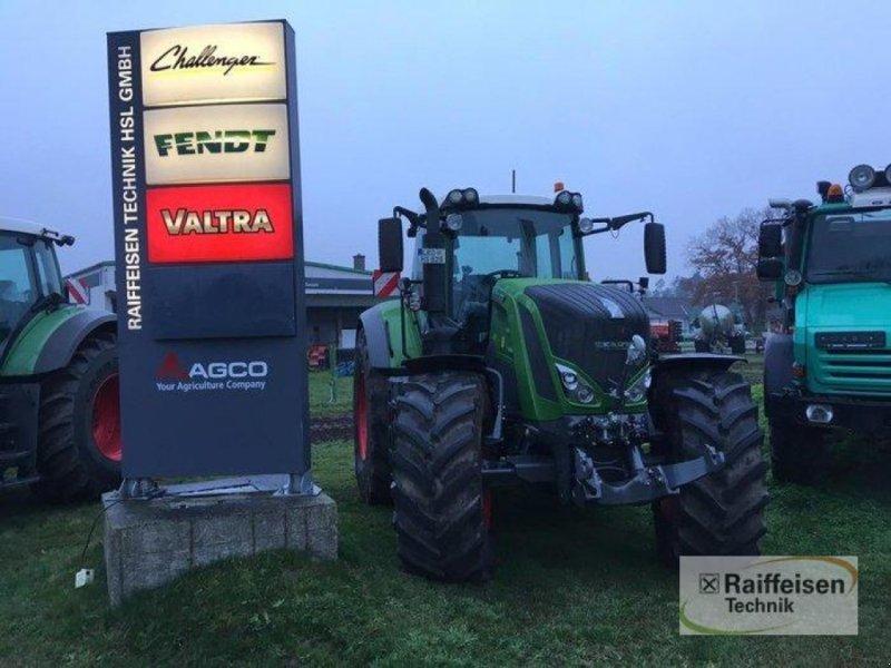 Traktor des Typs Fendt 828 Vario, Gebrauchtmaschine in Bützow (Bild 1)
