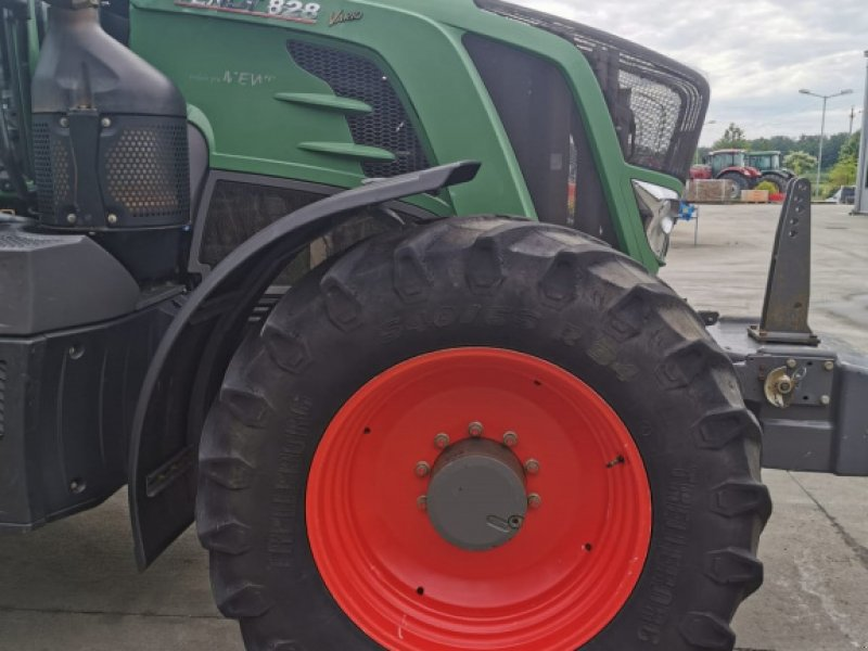 Traktor tip Fendt 828 Vario, Gebrauchtmaschine in Orţişoara (Poză 2)