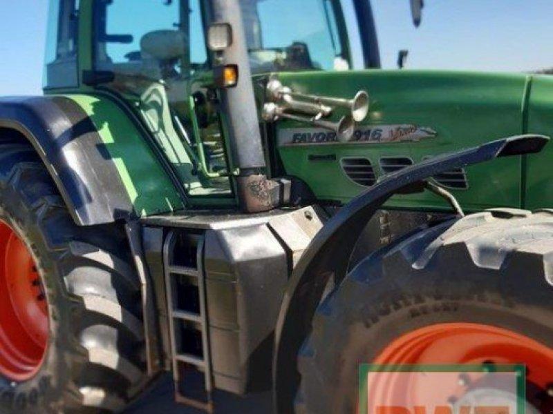 Traktor типа Fendt 916 Vario, Gebrauchtmaschine в Flammersfeld (Фотография 1)