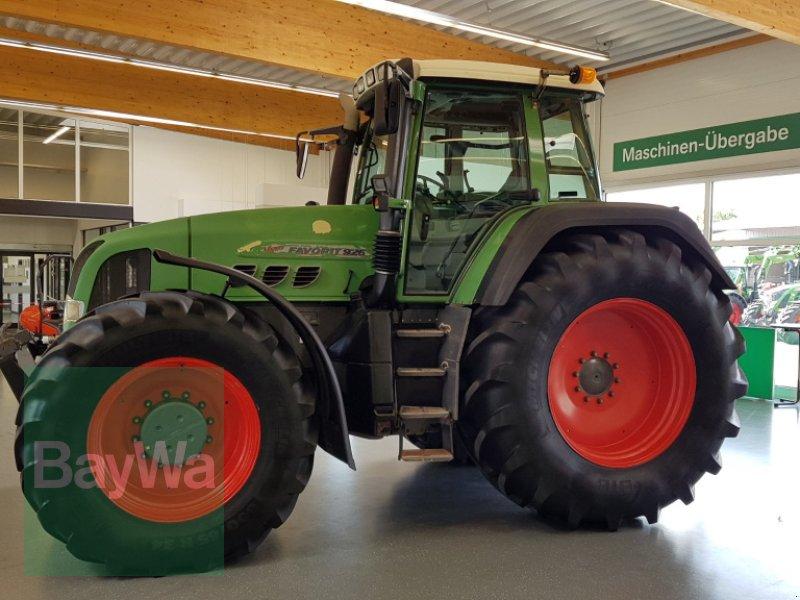 Traktor des Typs Fendt 926 Vario mit MAN Motor, Gebrauchtmaschine in Bamberg (Bild 2)