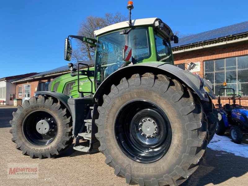 Traktor des Typs Fendt 933 Vario SCR, Gebrauchtmaschine in Gnarrenburg (Bild 2)