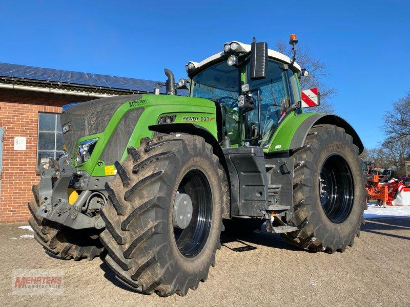 Traktor des Typs Fendt 933 Vario SCR, Gebrauchtmaschine in Gnarrenburg (Bild 4)