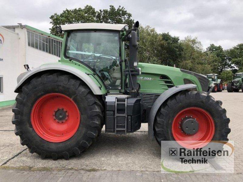 Traktor des Typs Fendt 933, Gebrauchtmaschine in Elmenhorst-Lanken (Bild 2)