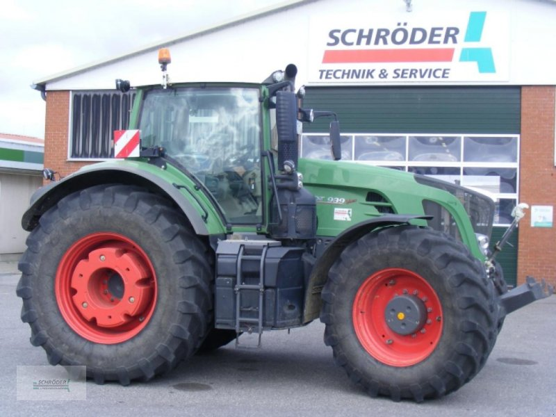 Traktor des Typs Fendt 939 SCR PROFI PLUS, Gebrauchtmaschine in Friedland (Bild 1)