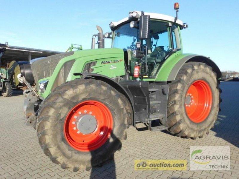 Traktor des Typs Fendt 939 VARIO S4 PROFI, Gebrauchtmaschine in Bardowick (Bild 1)