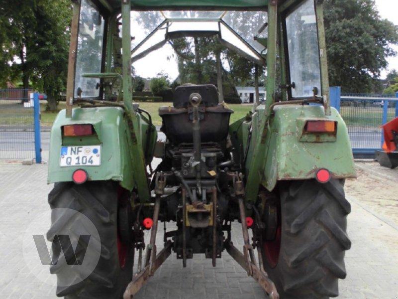 Traktor des Typs Fendt FARM104 S, Gebrauchtmaschine in Husum (Bild 2)