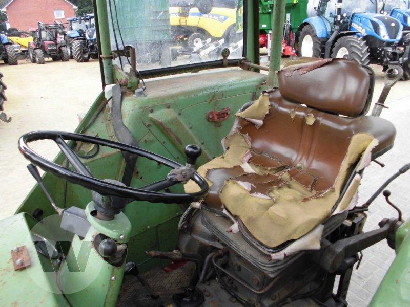 Traktor des Typs Fendt FARM104 S, Gebrauchtmaschine in Husum (Bild 3)
