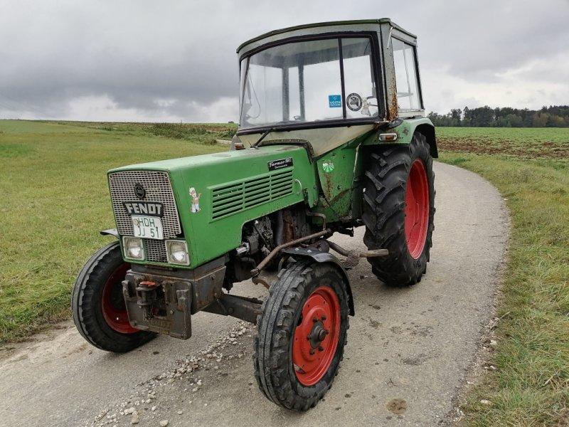 Traktor des Typs Fendt Farmer 104 S, Gebrauchtmaschine in Hermaringen (Bild 2)