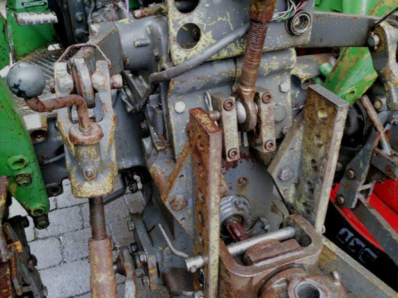 Traktor des Typs Fendt Farmer 104 S, Gebrauchtmaschine in Hermaringen (Bild 3)
