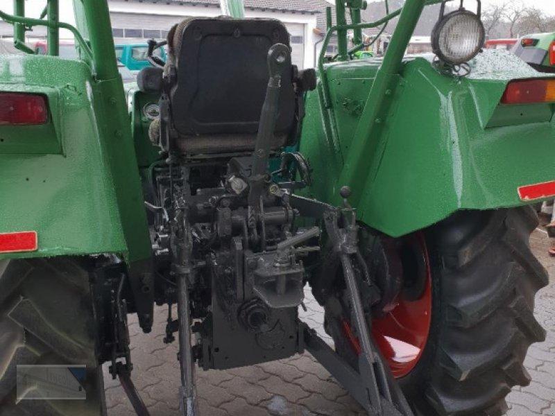 Traktor des Typs Fendt Farmer 2 S, Gebrauchtmaschine in Kleinlangheim - Atzhausen (Bild 4)