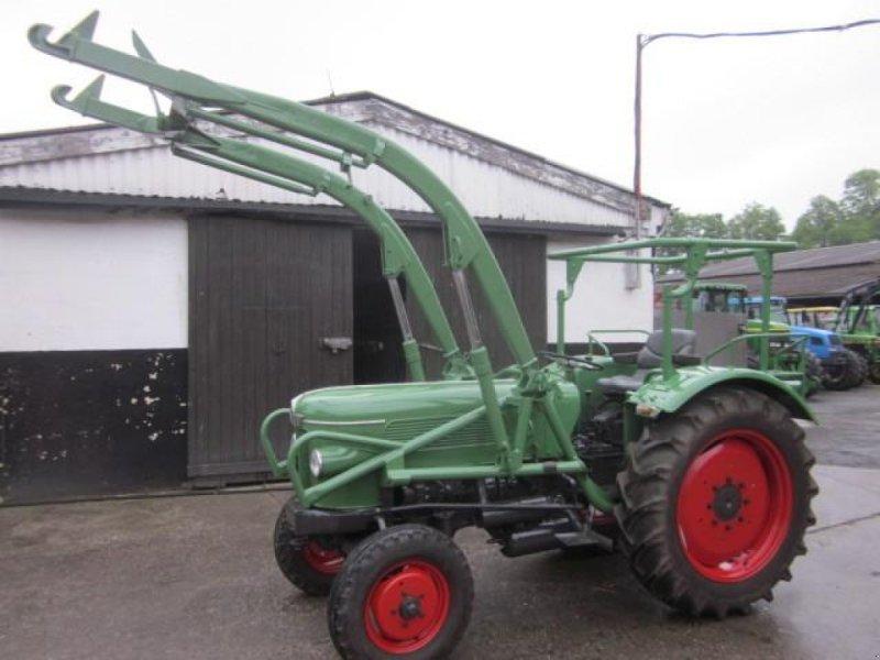 Traktor des Typs Fendt FARMER 2, Gebrauchtmaschine in Ziegenhagen (Bild 1)