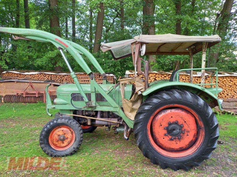 Traktor des Typs Fendt Farmer 2, Gebrauchtmaschine in Gebenbach (Bild 1)