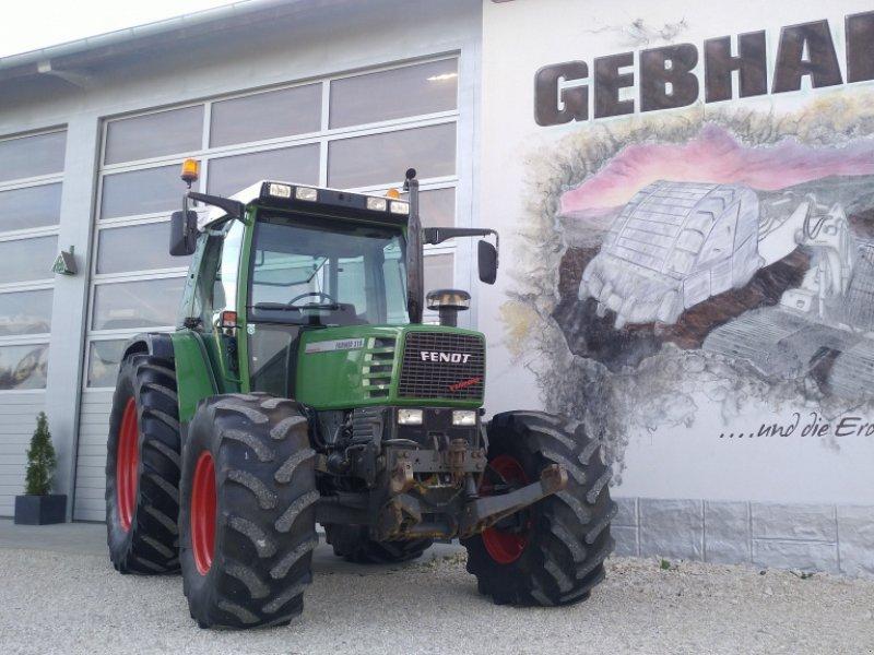 Traktor des Typs Fendt Farmer 310 Turbomatik mit Fronthydraulik Anbaukonsolen, Gebrauchtmaschine in Großschönbrunn (Bild 2)