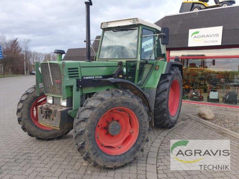 Traktor des Typs Fendt FARMER 311 LSA, Gebrauchtmaschine in Northeim (Bild 1)