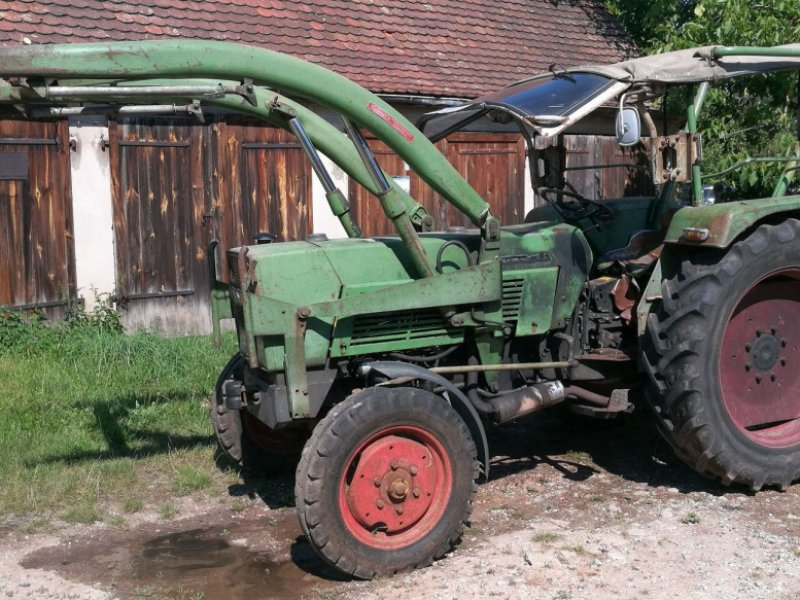Traktor des Typs Fendt Farmer 3S, Gebrauchtmaschine in Feuchtwangen (Bild 1)