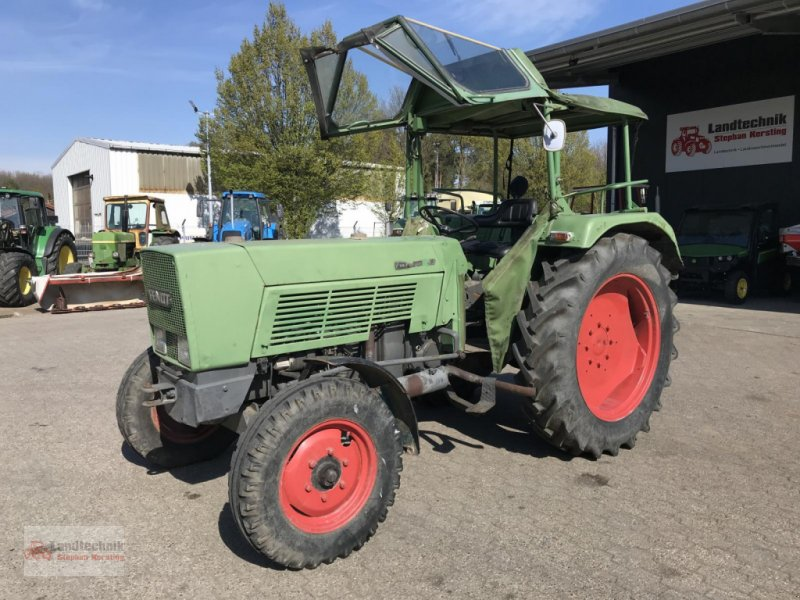 Traktor des Typs Fendt Farmer 4 S, Gebrauchtmaschine in Marl (Bild 1)