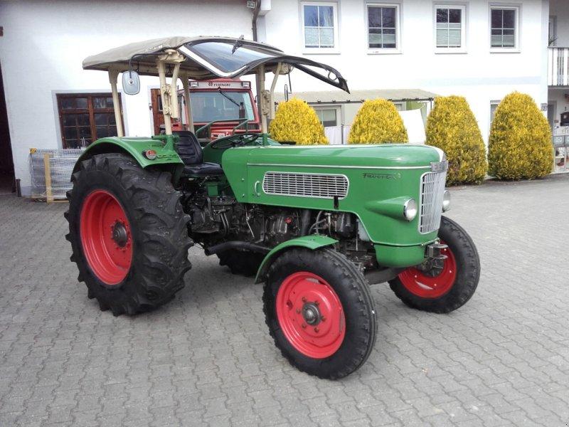 Traktor a típus Fendt Favorit 2, Gebrauchtmaschine ekkor: Ottenhofen (Kép 1)