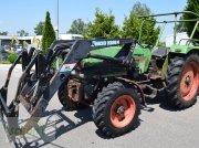 Fendt Favorit 3 S Allrad mit hydraulischem Frontlader und guten Reifen Traktor