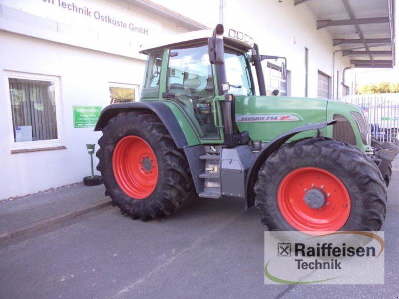 Traktor des Typs Fendt Favorit 714, Gebrauchtmaschine in Eckernförde (Bild 1)
