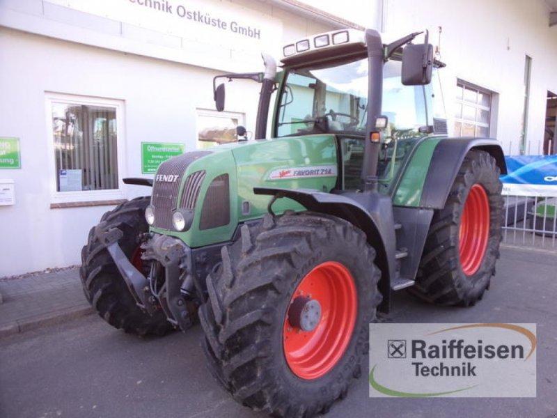 Traktor des Typs Fendt Favorit 714, Gebrauchtmaschine in Eckernförde (Bild 2)