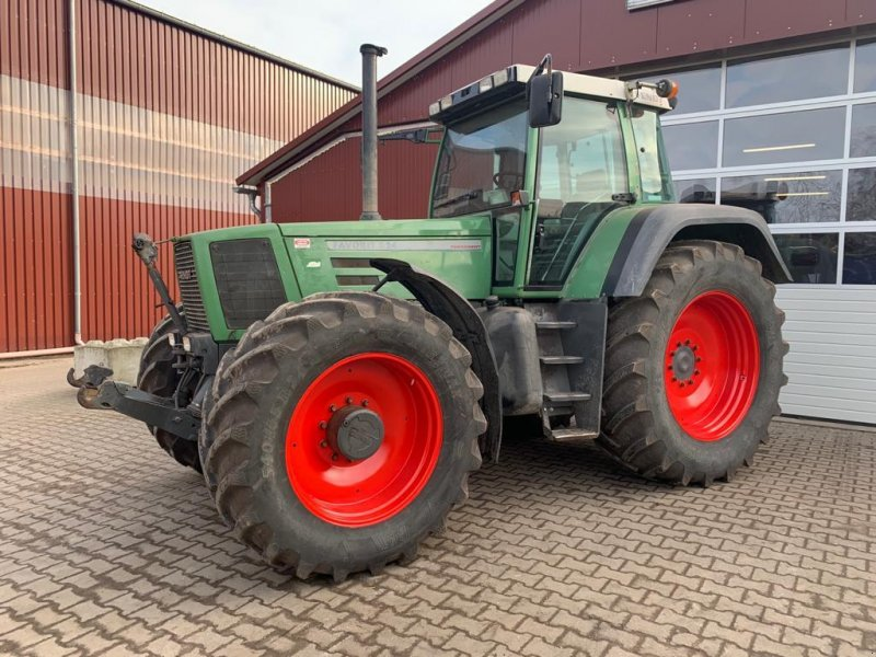 Traktor des Typs Fendt Favorit 824, Motor gerade komplett überholt!, Gebrauchtmaschine in Ostercappeln (Bild 1)