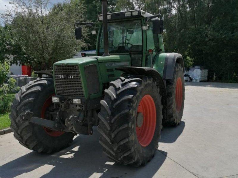 Traktor des Typs Fendt Favorit 824, Gebrauchtmaschine in Tiefensall (Bild 1)