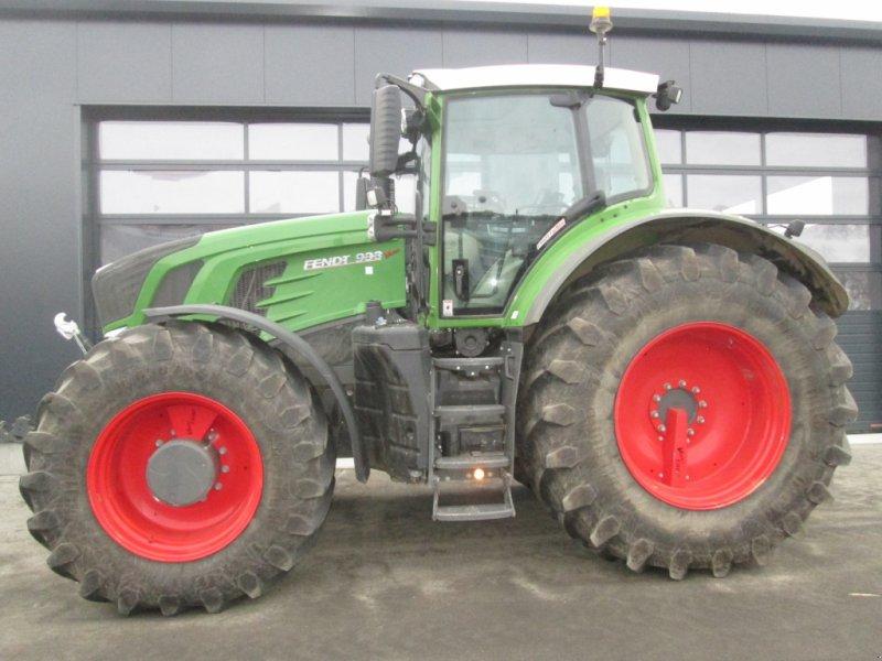 Traktor des Typs Fendt Fendt 933 Vario S4 Profi Plus RTK mit Garantie, Gebrauchtmaschine in Wülfershausen an der Saale (Bild 1)