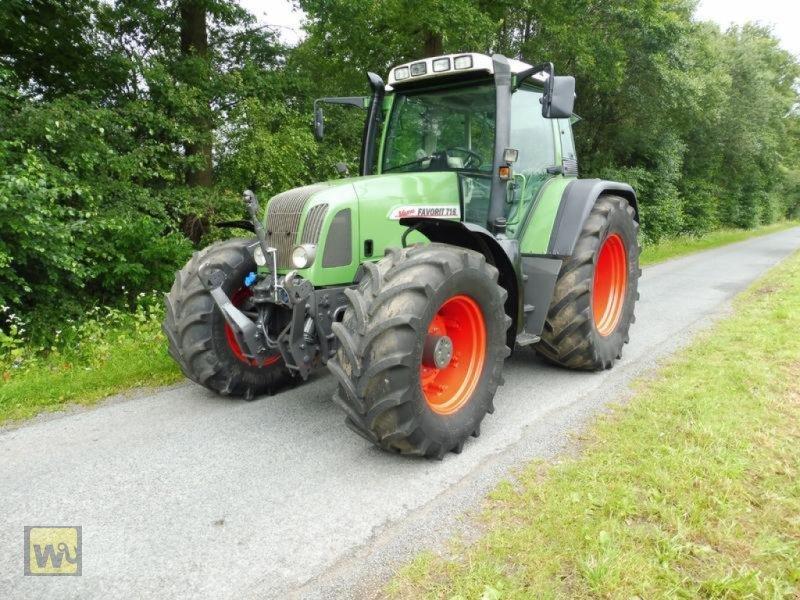 Traktor des Typs Fendt Vario 716, Gebrauchtmaschine in Metelen (Bild 1)