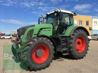 Fendt VARIO 933 SCR PROFI PLUS Traktor