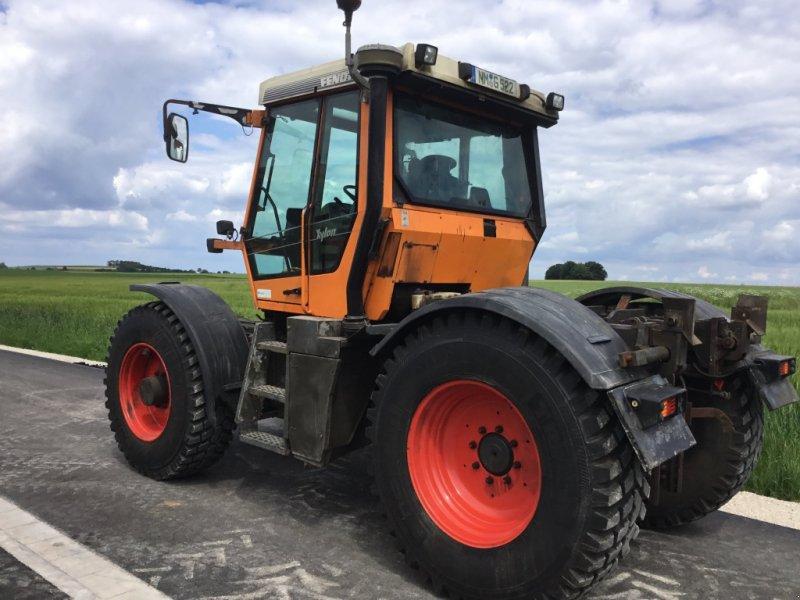 Traktor des Typs Fendt Xylon 522, Gebrauchtmaschine in Deining (Bild 2)