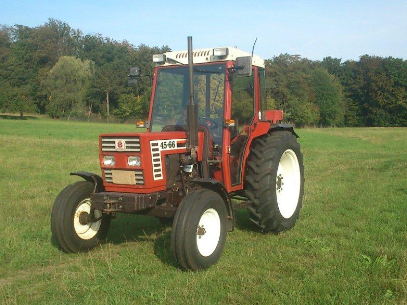 Traktor des Typs Fiat 45-66, Gebrauchtmaschine in Fernwald (Bild 1)