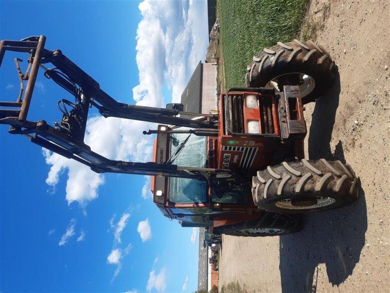 Traktor des Typs Fiat 80-90 DT med Trima frontlæsser Super Comfort Hi Lo og vendegear, Gebrauchtmaschine in Skive (Bild 2)