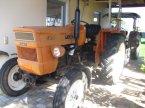 Traktor des Typs Fiat R 400 in Kirchroth /Kössnach