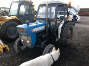 Ford 3000 med hus Tractor