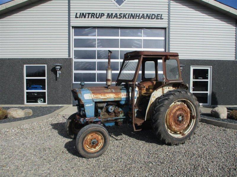 Traktor typu Ford 4000, Gebrauchtmaschine w Lintrup (Zdjęcie 1)
