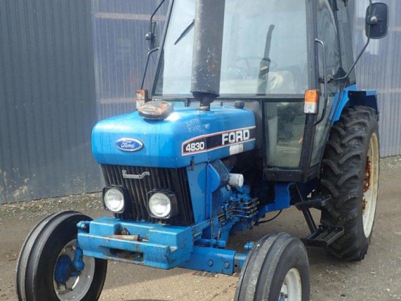 Traktor типа Ford 4830, Gebrauchtmaschine в Viborg (Фотография 1)