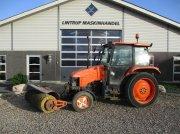 Traktor типа Ford 4835 Med kost, Gebrauchtmaschine в Lintrup