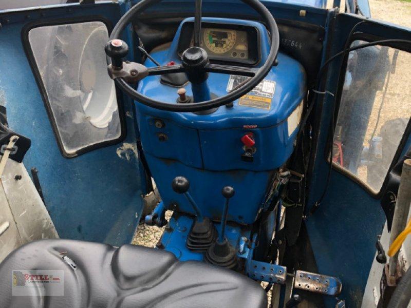 Traktor des Typs Ford 5600, Gebrauchtmaschine in Niederviehbach (Bild 3)